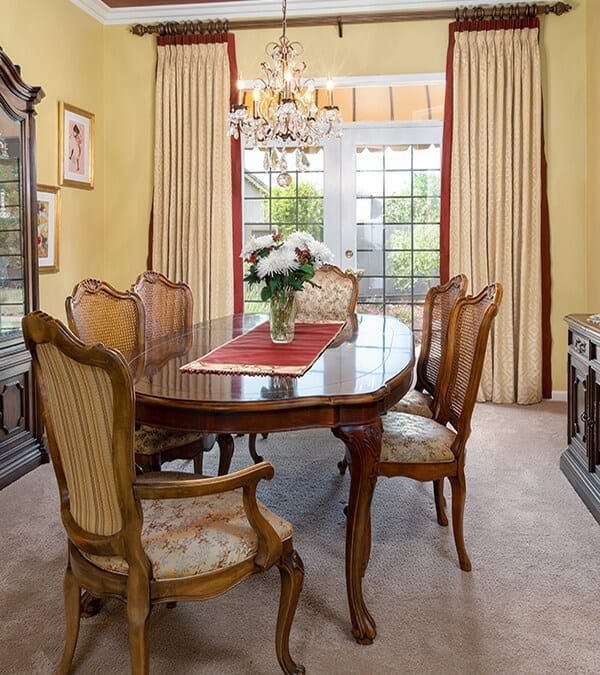 Transitional Traditional Design