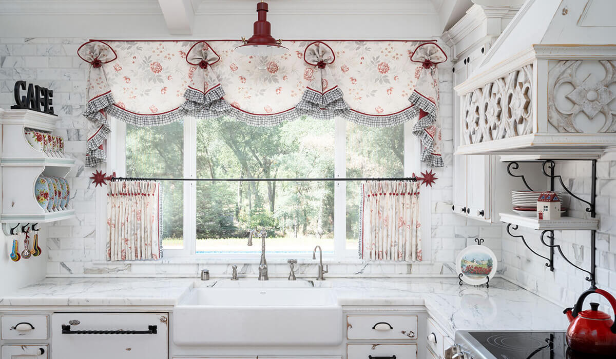 Farmhouse Cottage Kitchen Right At Home Interiors