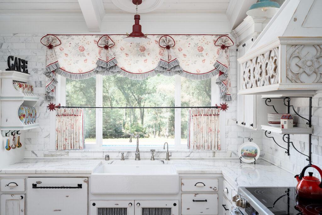 This valance highlights the stunning 7-foot kitchen window