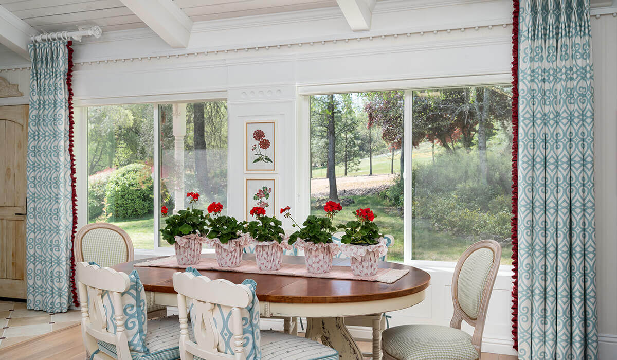Farmhouse Cottage Dining Room