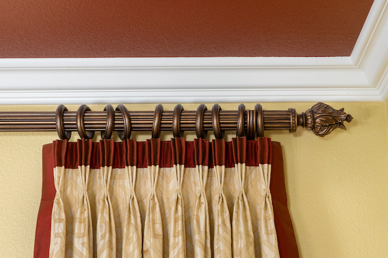 classic traditional rod acanthus leafe